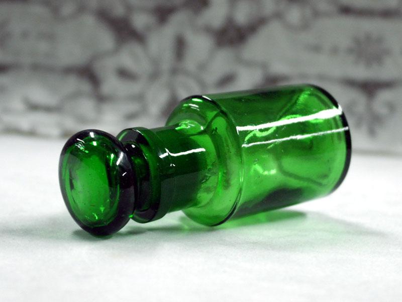 アンティーク ガラス グリーン・ブルー系 グリーン ボトル