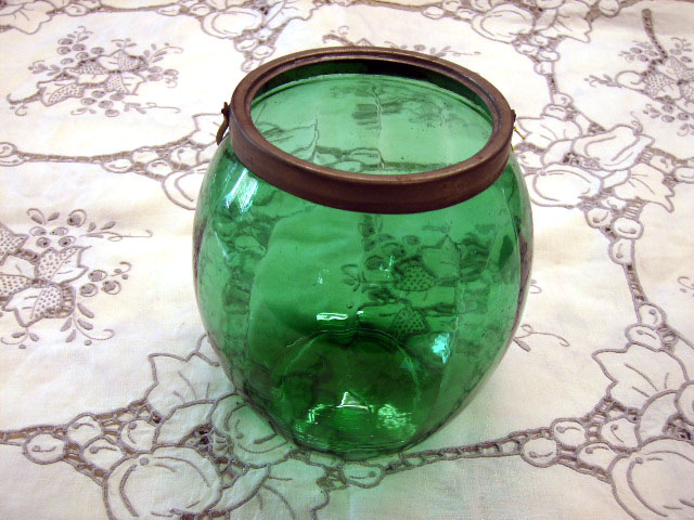 アンティーク ガラス グリーン・ブルー系 クッキー入れ グリーンクグラス・シルバープレート蓋付