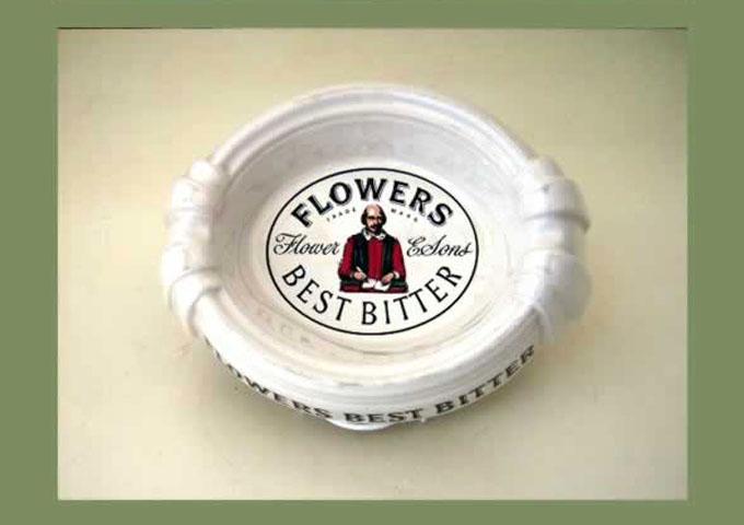 雑貨(パブ・グッズ) 灰皿 灰皿 (Flowers Bitee)