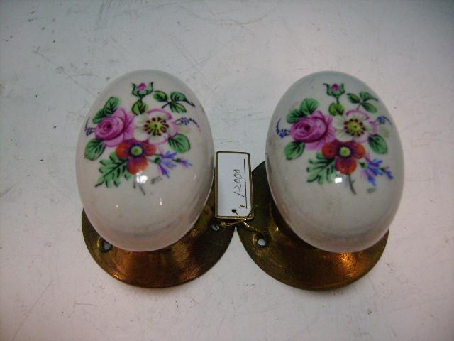 アンティーク 建材 建物付属品 陶器の取っ手(花柄)