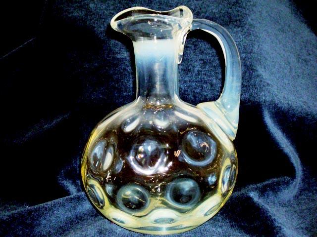 アンティーク ガラス 白系 ヴァセリン・オパールセントなど バーズ(花器) オパールセント