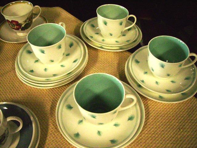 アンティーク 陶磁器 スージー クーパー スージークーパー(Susie Cooper) ウィスパーリング・グラス (Whispering Grass)  トリオ 4客セット