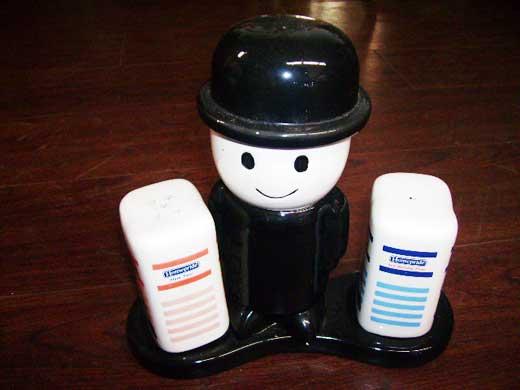 雑貨(キッチン) キャラクター フレッドくん 陶器 ソルト&ペッパー Homepride