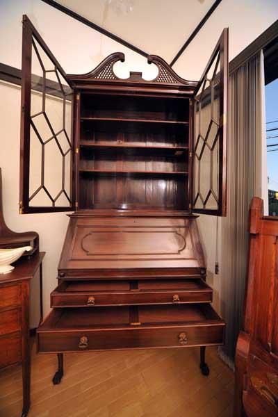 ブックケース ビューロー(チッペンデール) アンティーク 家具 デスク・ビューロー