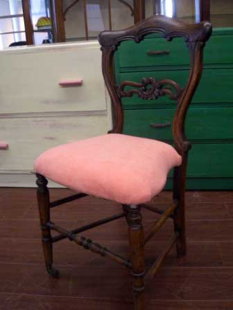 アンティーク 家具 チェア・ソファー バルーンバック チェア  ピンク (キャスター付) 張替え済み