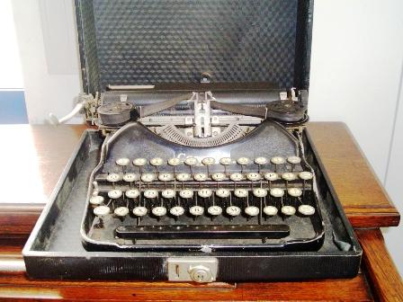 ビンテージ/コレクタブル 機械もの タイプライター CORONA