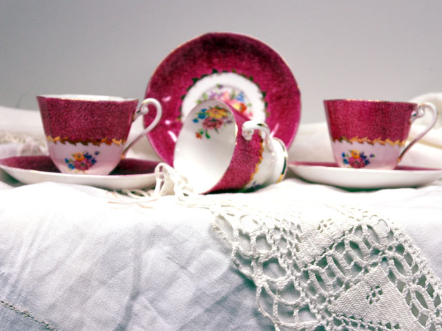 アンティーク 陶磁器 食器 カップ&ソーサー他 カップ&ソーサー Roslyn China(ローズリンチャイナ) 3客セット