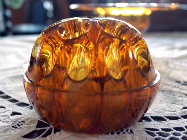 雑貨(キッチン) 雑貨ガラスほか ガラス バーズ(花器) アンバーガラス