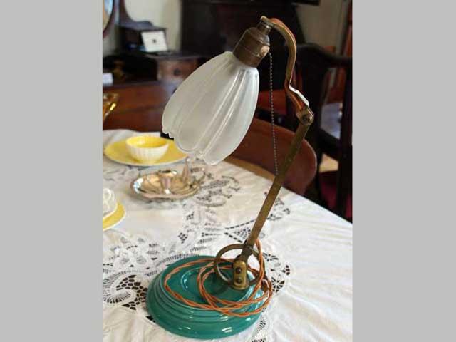 アンティーク 照明 ランプ(すでに組み合わせられている照明) ウェッジウッド(Wedgewood) スタンドランプ 1灯 シェード付き