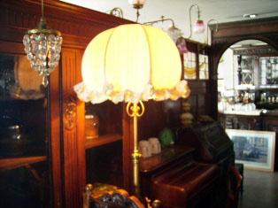 アンティーク 照明 ランプ(すでに組み合わせられている照明) ランプスタンド(傘付き)