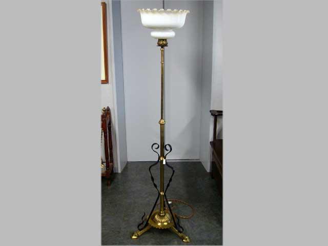 アンティーク 照明 ランプ(すでに組み合わせられている照明) オイルランプスタンド 伸縮可(シェード付き)