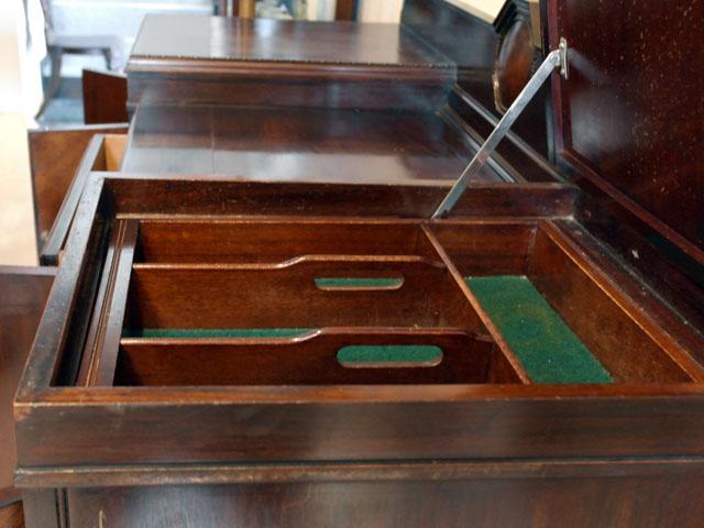 アンティーク 家具 サイドボード・チェスト・ドレッサー サイドボード