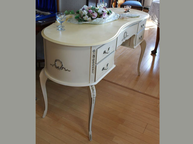 アンティーク 家具 サイドボード・チェスト・ドレッサー ドレッサーテーブル ホワイト