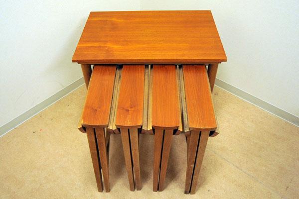 アンティーク 家具 テーブル・ダイニングセット ネストテーブル(収納丸テーブル×4)