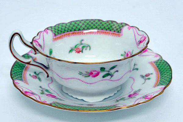アンティーク 陶磁器 食器 カップ&ソーサー他 ロイヤルドルトン(Royal Doulton) ティーセット