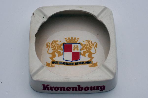 雑貨(パブ・グッズ) 灰皿 灰皿 (Kronenbourg)