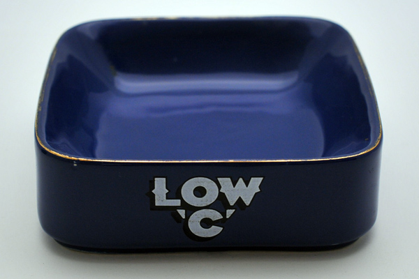 雑貨(パブ・グッズ) 灰皿 灰皿 (Marston's Low 'C')