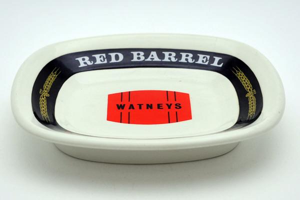 雑貨(パブ・グッズ) 灰皿 灰皿 (Red Barrel Watneys Keg)