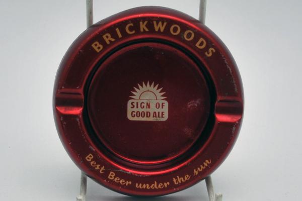 雑貨(パブ・グッズ) 灰皿 灰皿 (Brickwoods)