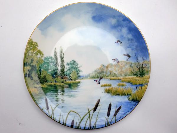 ロイヤルドルトン(Royal Doulton) 飾り皿 Elizabeth Gray Resulting Reeds 飾り用プレート