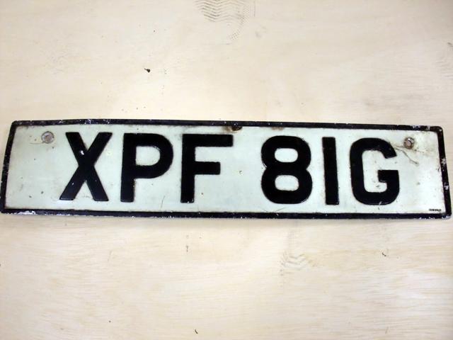 英国 ナンバープレート  XPF81G オートモビリア その他 カー・バッジ/プレート