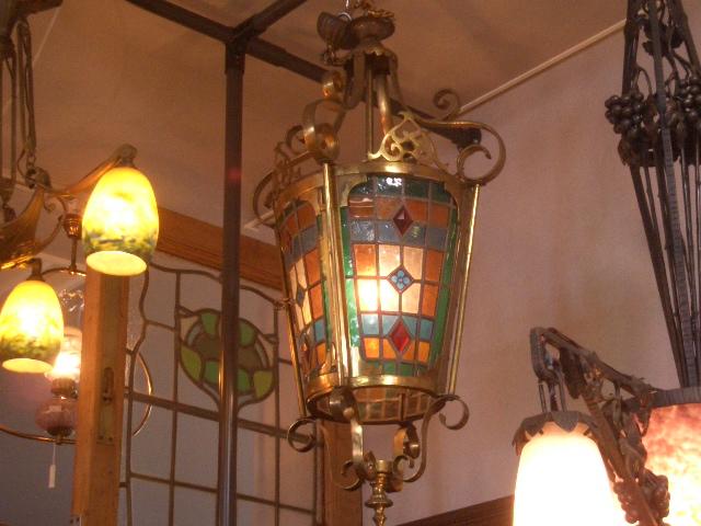 アンティーク 照明 シャンデリア・ハンギングランプ ステンド入り ランタン