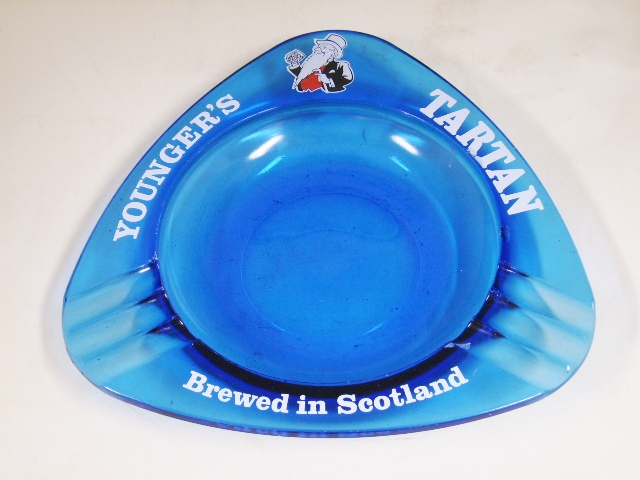雑貨(パブ・グッズ) 灰皿 灰皿 (Younger's Tartan Breed in Scotland)青