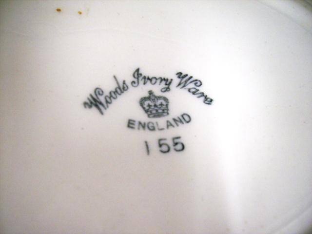 雑貨(キッチン) 雑貨陶器 オーバルプレート WOODS IVORY WARE