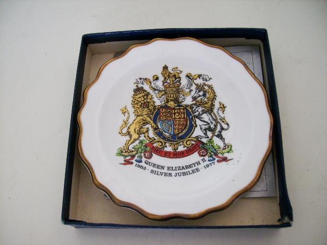 英国王室 プレート アンティーク 陶磁器 雑貨陶器