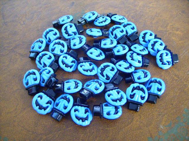 ボタン ハロウィン ブルー 1個 105円,ビンテージ ボタン,