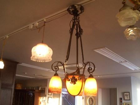 アールヌーボー様式 シャンデリア小3灯+大1灯 デュゲ,アンティーク 照明,シャンデリア・ハンギングランプ