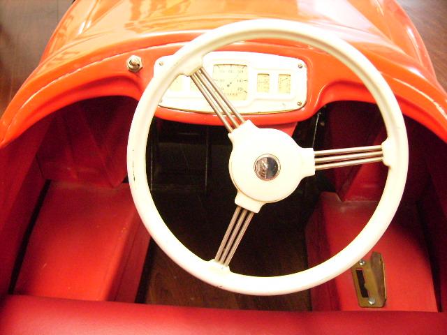 ペダルカー Austin J40 オースチンJ40(赤) オモチャ オートモビリア