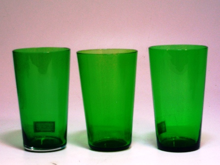アンティーク ガラス グリーン・ブルー系 グラス グリーン (左から1番目)