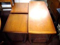 ネストテーブル ミッドセンチュリー イギリスRemploy  Furniture 社