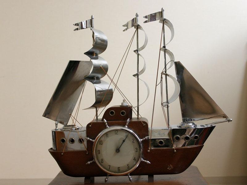 画像1: 英国 Metamec(メタメック)社製時計 帆船 電気付