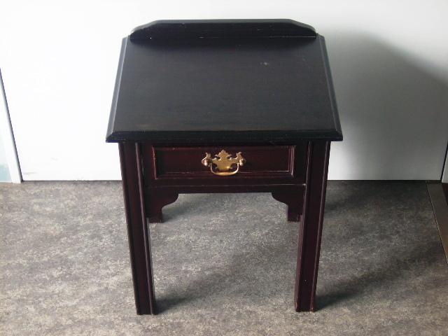 画像1: ベッドサイドテーブル