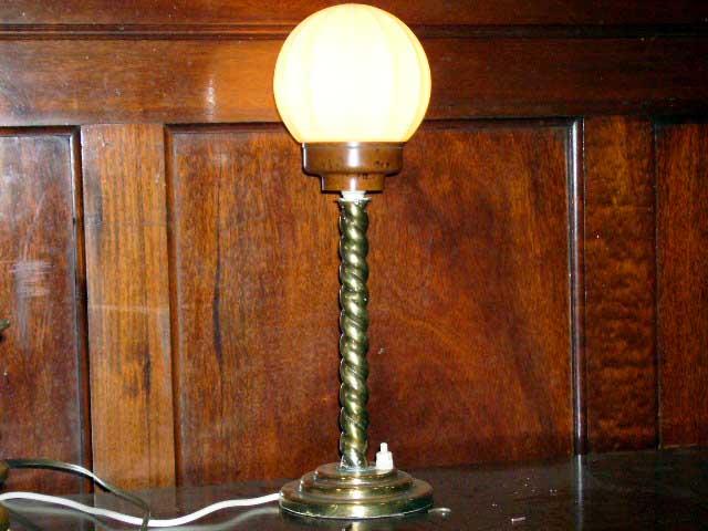 ランプ&スタンド ベークライト アンティーク 照明 ランプ(すでに組み合わせられている照明)