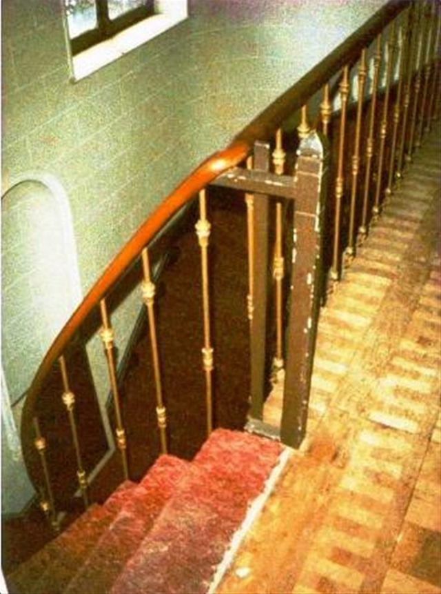 画像2: 階段