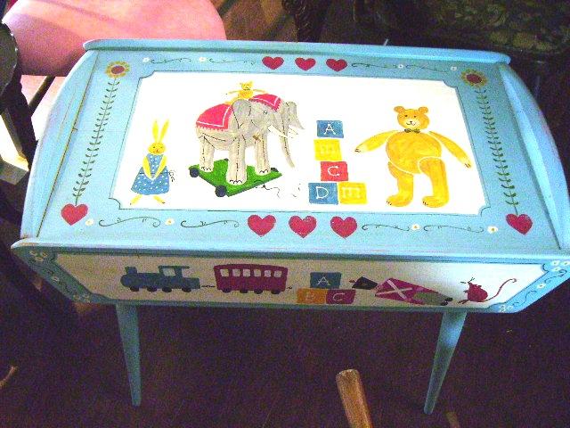 画像1: チャイルド テーブル (ハンドペイント)