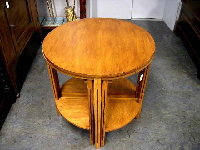 ネスト・テーブル(丸型) ミッドセンチュリー アンティーク 家具 テーブル・ダイニングセット