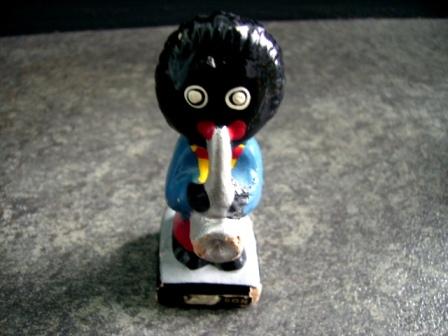 画像1: ゴーリー 人形 トランペット