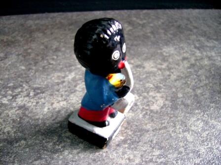 画像2: ゴーリー 人形 トランペット