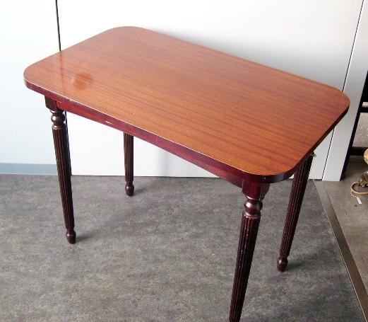 画像2: パブ テーブル