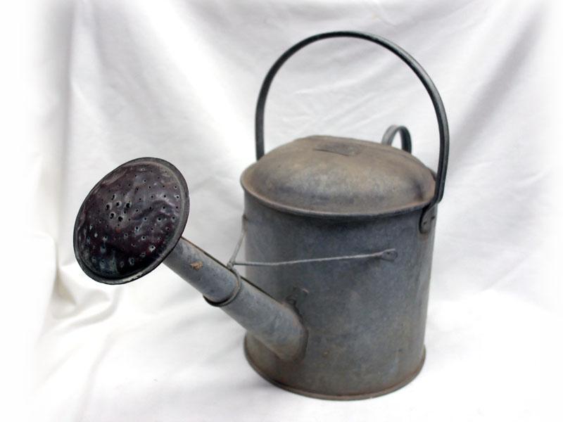 画像1: ブリキ ジョウロ 1-1/2ガロン(約6.8リットル)