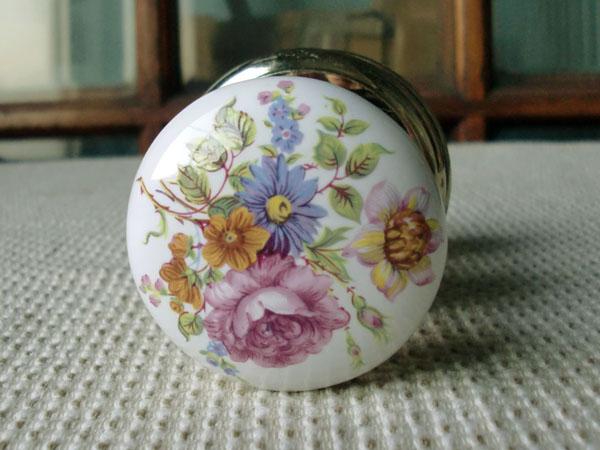 画像3: 陶器の取っ手(花柄)