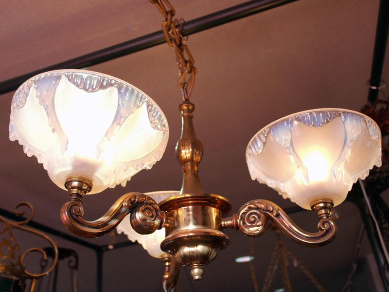 画像1: シャンデリア 3灯 シェード付き セット