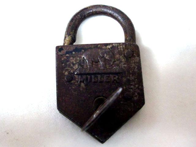 画像1: パドロック キー付き