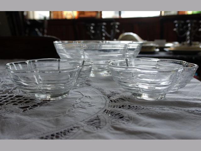 画像2: クリアガラス 花形ボウル セット (大x1、小x2)