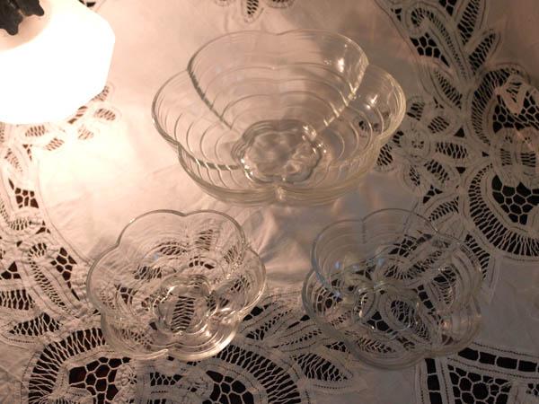 画像3: クリアガラス 花形ボウル セット (大x1、小x2)