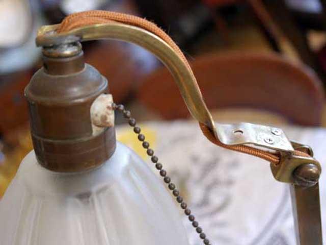 画像2: ウェッジウッド(Wedgewood) スタンドランプ 1灯 シェード付き